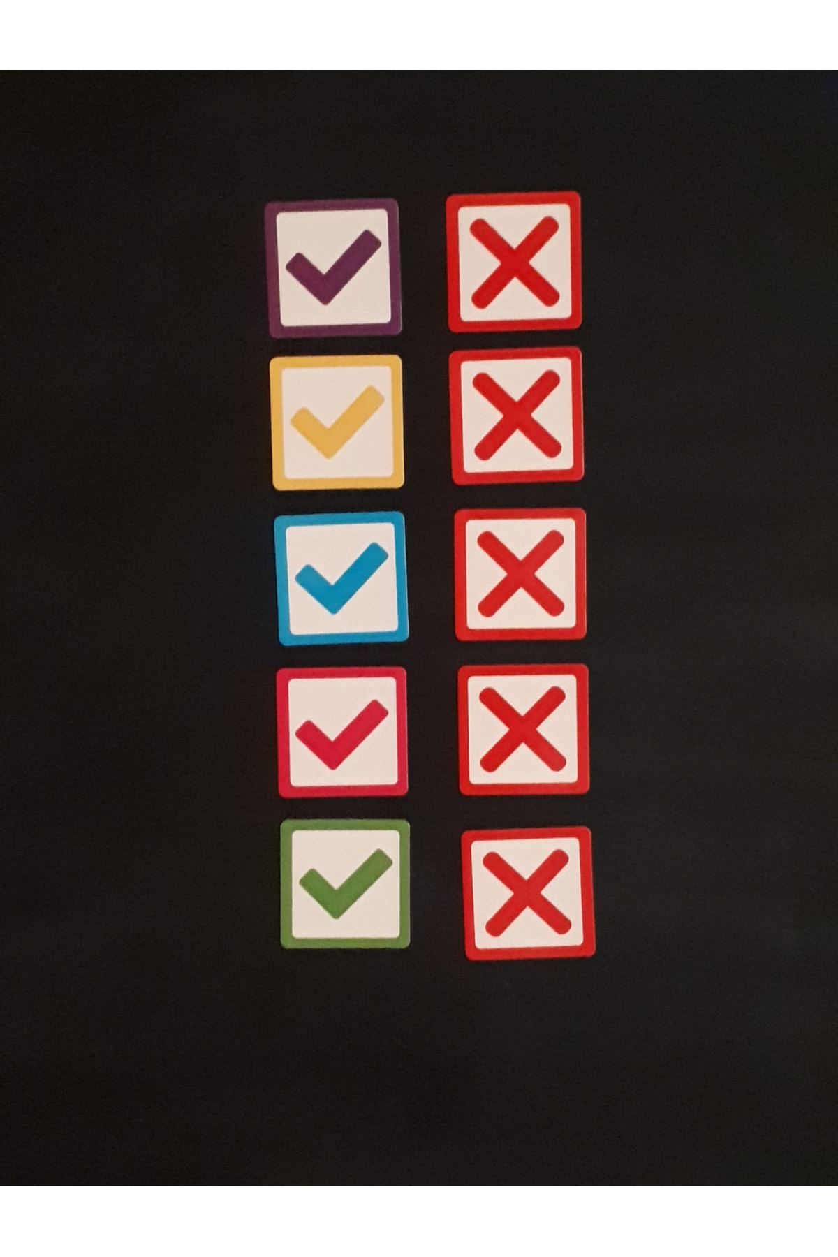Tick-Cross Magnet Set